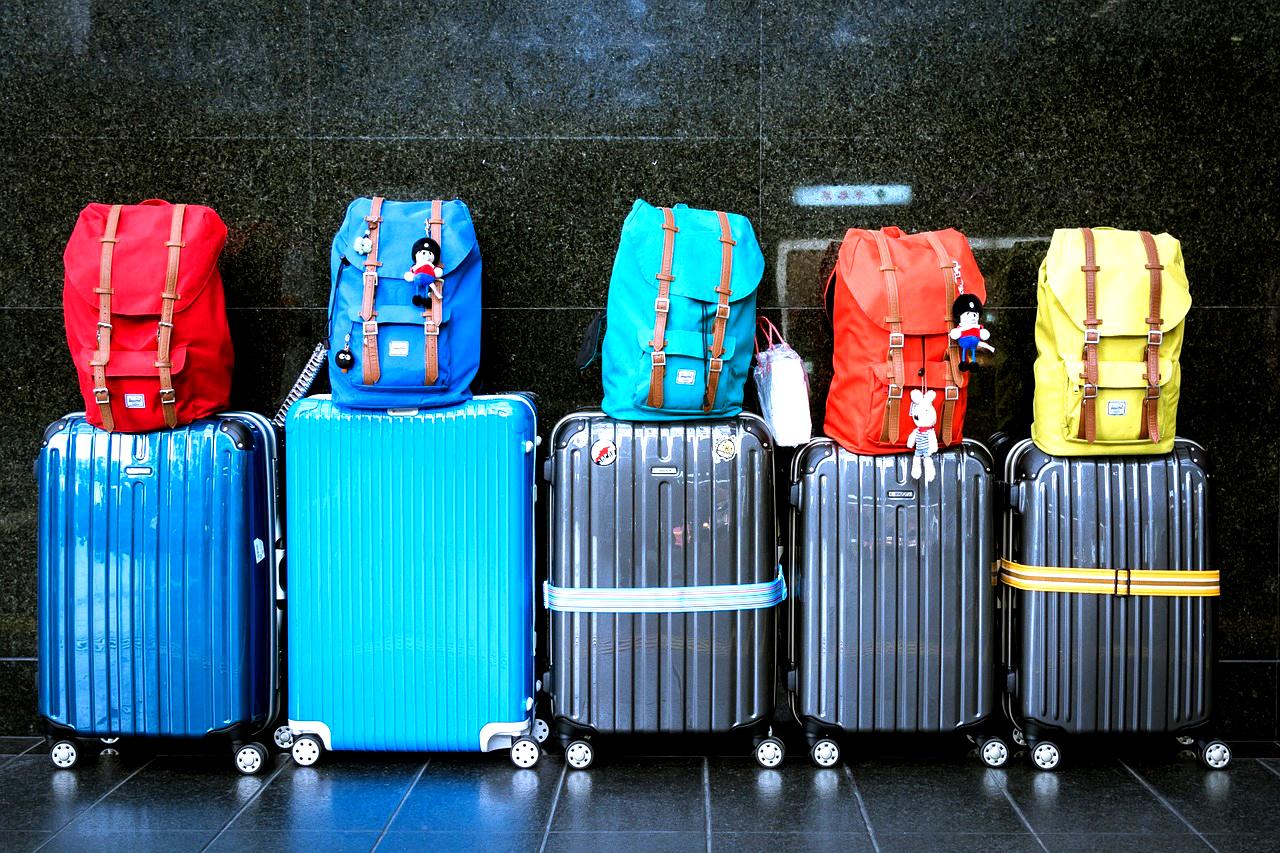 Koffer mit Rollen können das Leben leichter machen. ©pixabay.com/tookapic