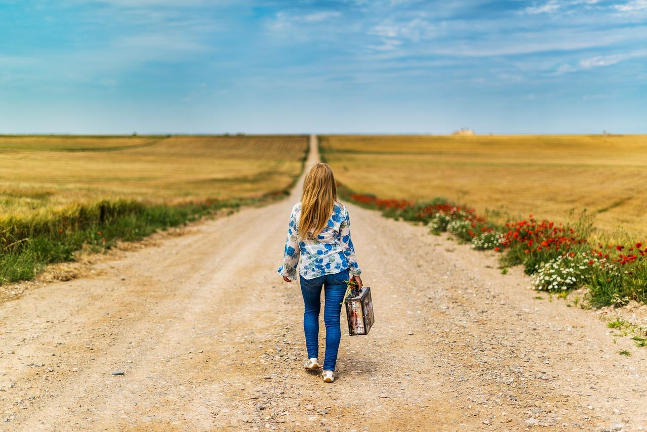 Koffer für Kinder gibt es nach allen Geschmäckern und Anforderungen. ©pixabay.com/josealbafotos/Jose Antonio Alba